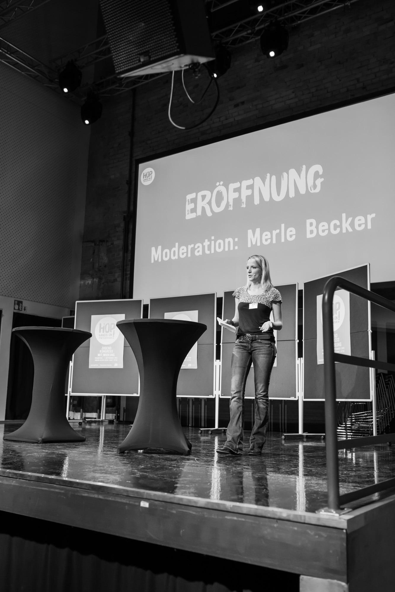 Moderatorin Merle Becker HOP Jugendkongress Bildung Wertschatz Kommunikation