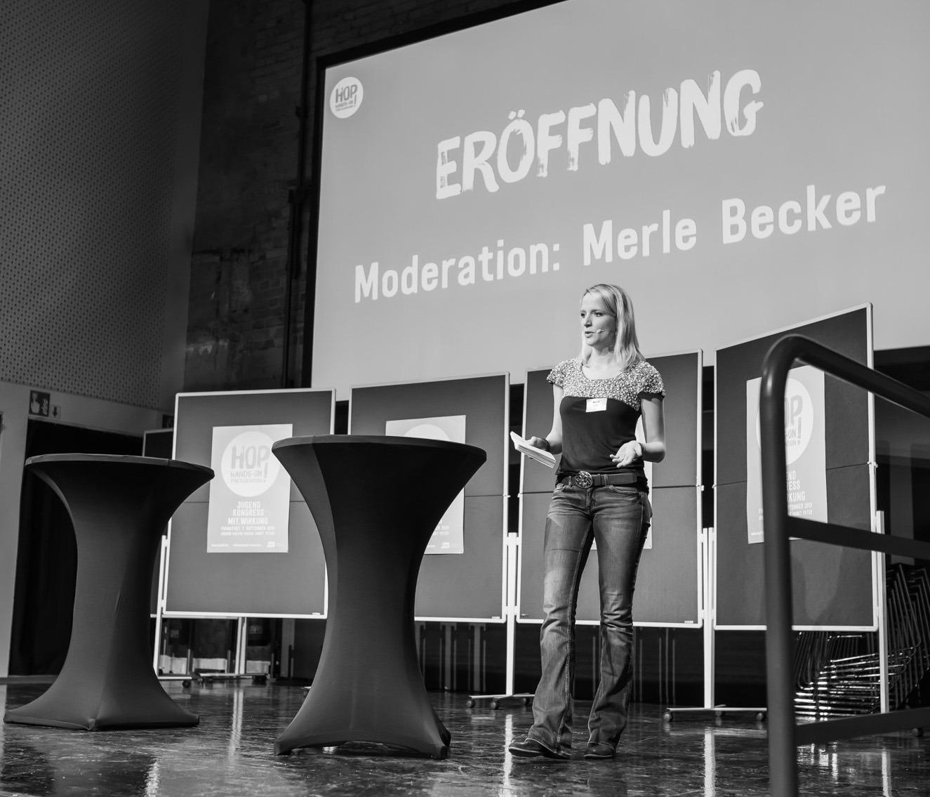 Moderation Merle Becker Politik Zivilgesellschaft Buchmesse